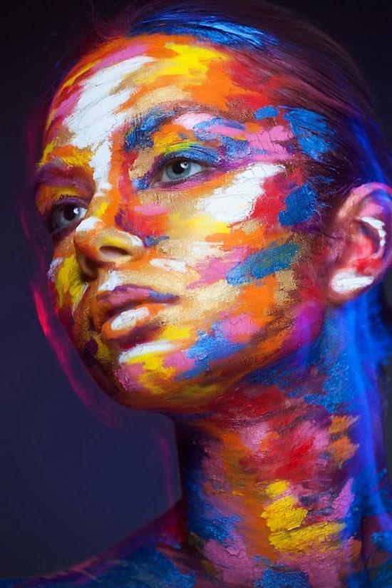 فن الرسم على الوجه