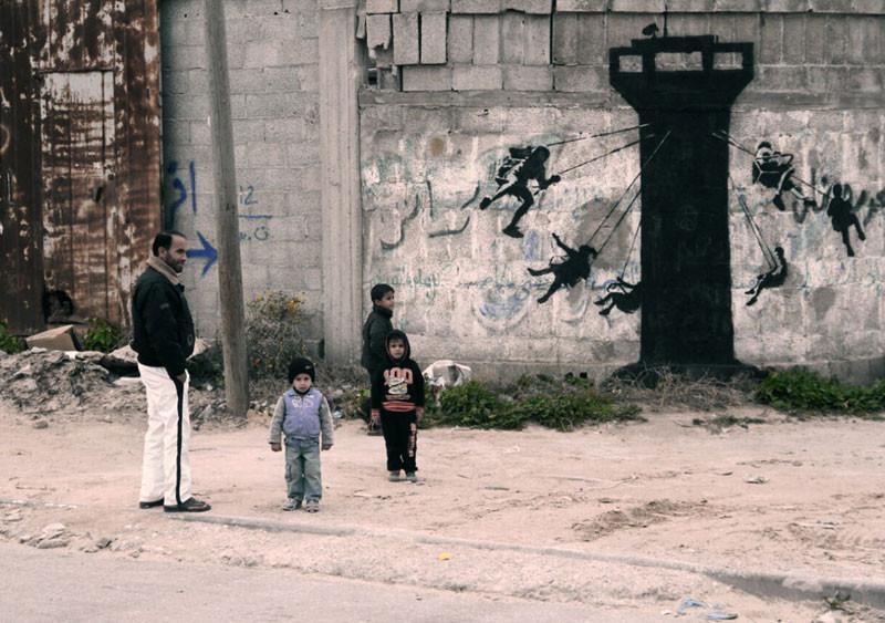 الفنان بانكسي يزور غزة