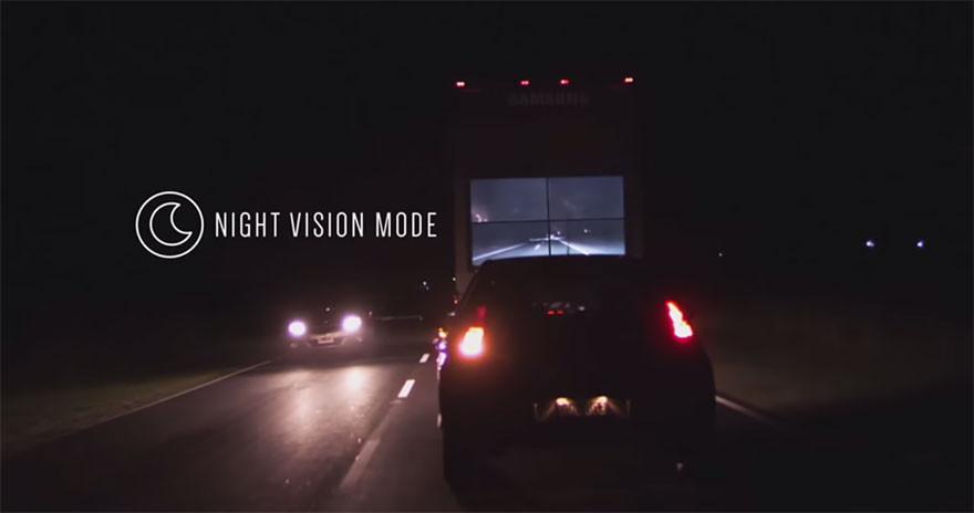 سامسونج تضع شاشات خلف شاحناتها للحد من حوادث السير