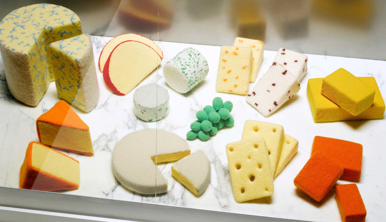 وجبات الصوف من صنع الفنانة جيسكا دانس تبدو وكأنها قابلة للأكل