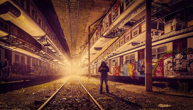 فنان يحول صوره لمدينة اسطنبول إلى صور شبيهة بفيلم
