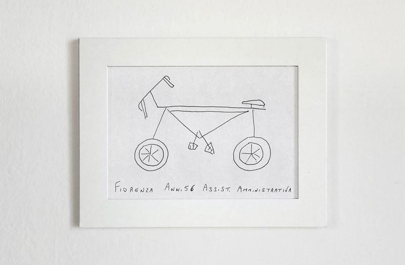 فنان يطلب من الناس أن يرسموا الدراجات الهوائية من ذاكرتهم ويجسد النتائج