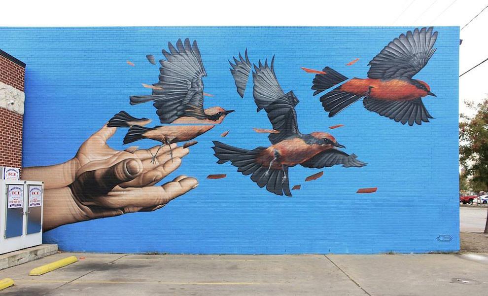 تقطيع مقصود في رسومات جدارية للفنان جيمس بولو