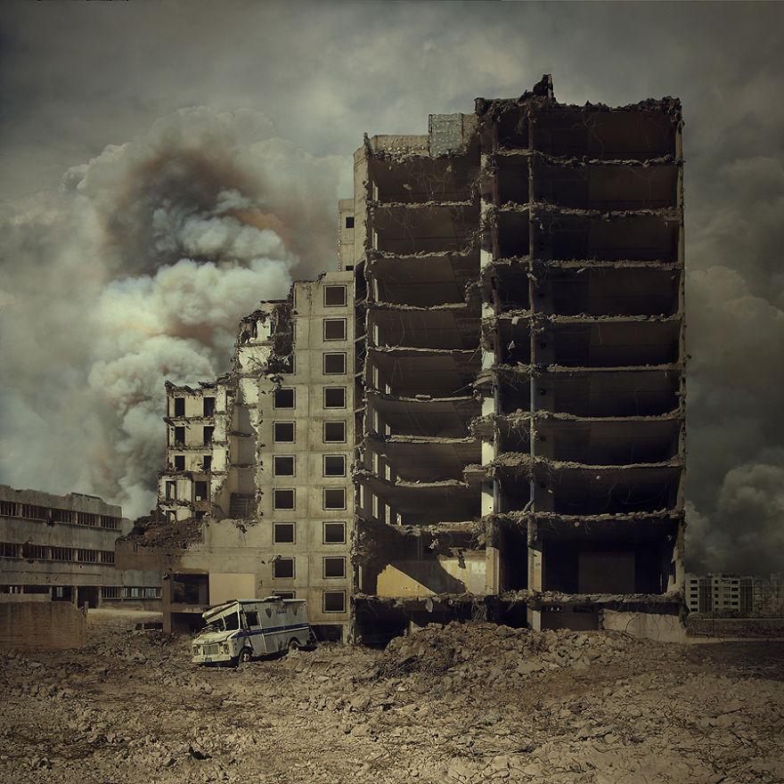 دمج الصور الفتوغرافية بطريقة مبدعة للمصور ميشيل كراكز